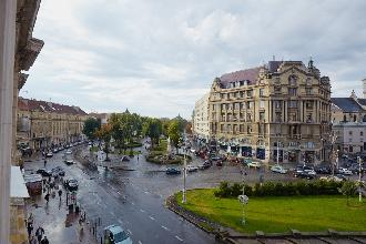 Apartments in Lviv - One room - Mitskevycha Ave, 5