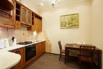 Apartments in Lviv - One room - Krakivska Str, 24