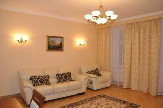 Apartments in Lviv - Two room - Staroyevreyska Str, 18/5
