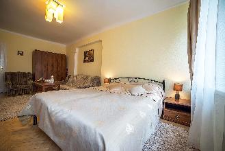 Apartments in Lviv - Two room - Krakivska Str, 15/8