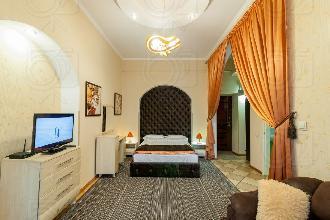 Apartments in Lviv - One room - Vodna Str, 5