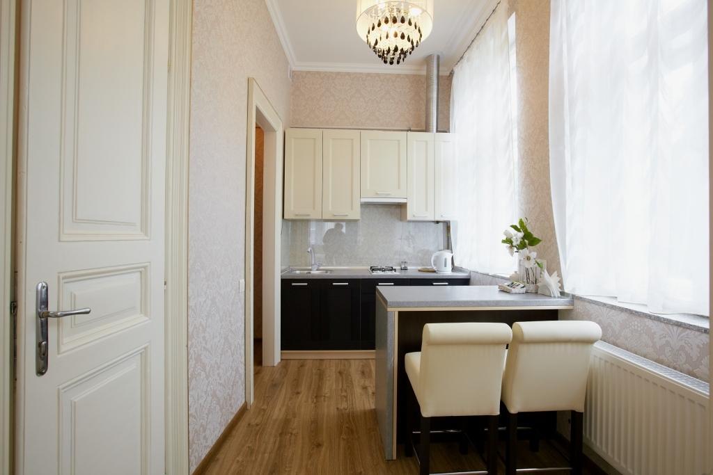 Апартаменти у Львові - Однокімнатні - Братів Рогатинців, 43