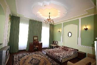 Apartments in Lviv - One room - Horodotska Str, 79