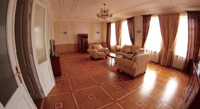 Apartments in Lviv - Three room - Saksahanskoho Str, 3