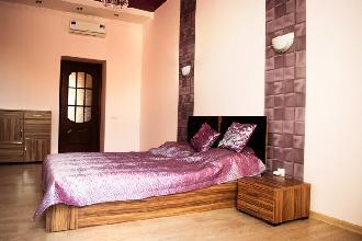 Apartments in Lviv - Three room - Udatnogo Str, 5